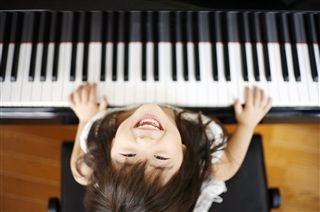 Click Here to Learn More About Piano Klass Kids